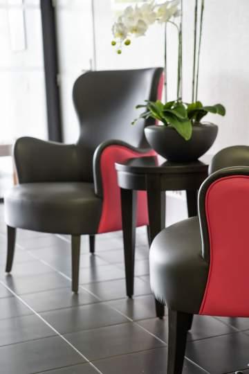 Une entrée pétillante grâce à ces deux fauteuils top confort